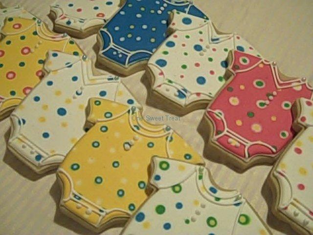 onesie-cookies-dotted-4