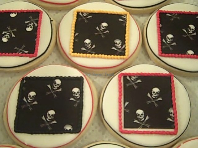 pirate-cookies-closeup