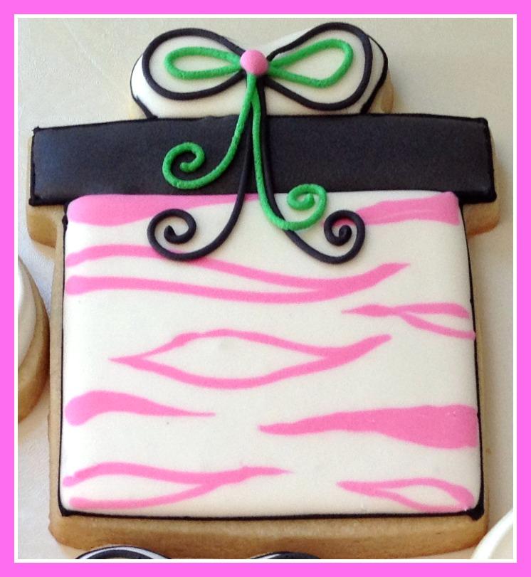 present-cookie-pink