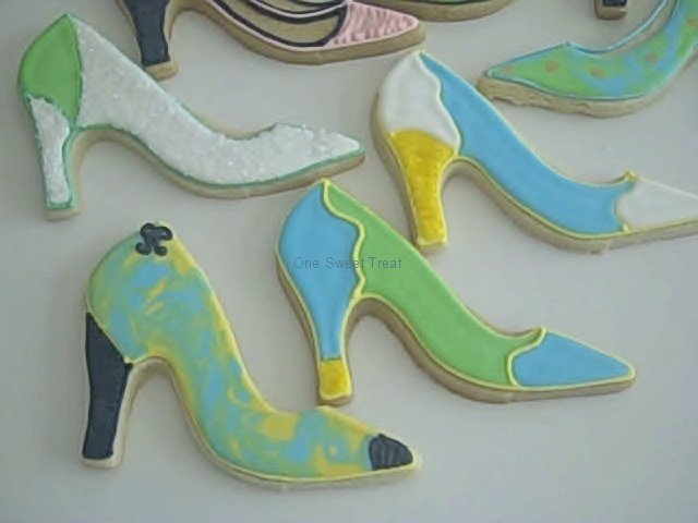 shoe-cookies-any-color-collection