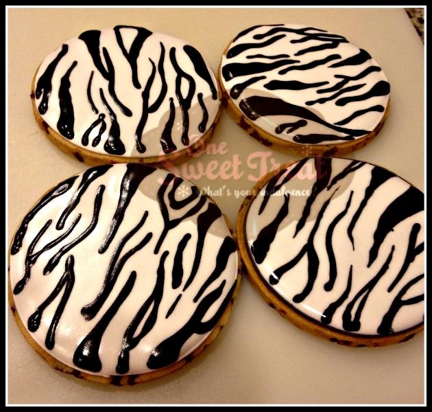 zebra-pattern-cookies