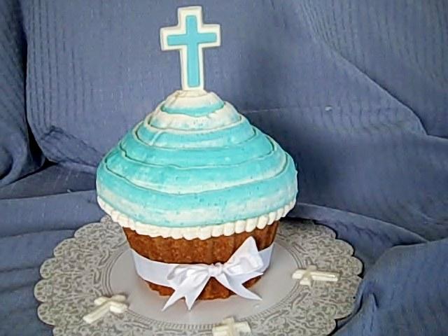 giant-cupcake-cross3