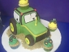 john-deere-cake-front