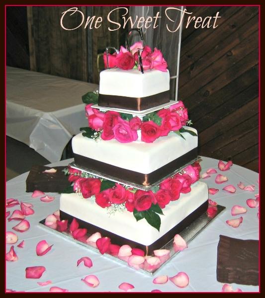 fresh red-roses-cake