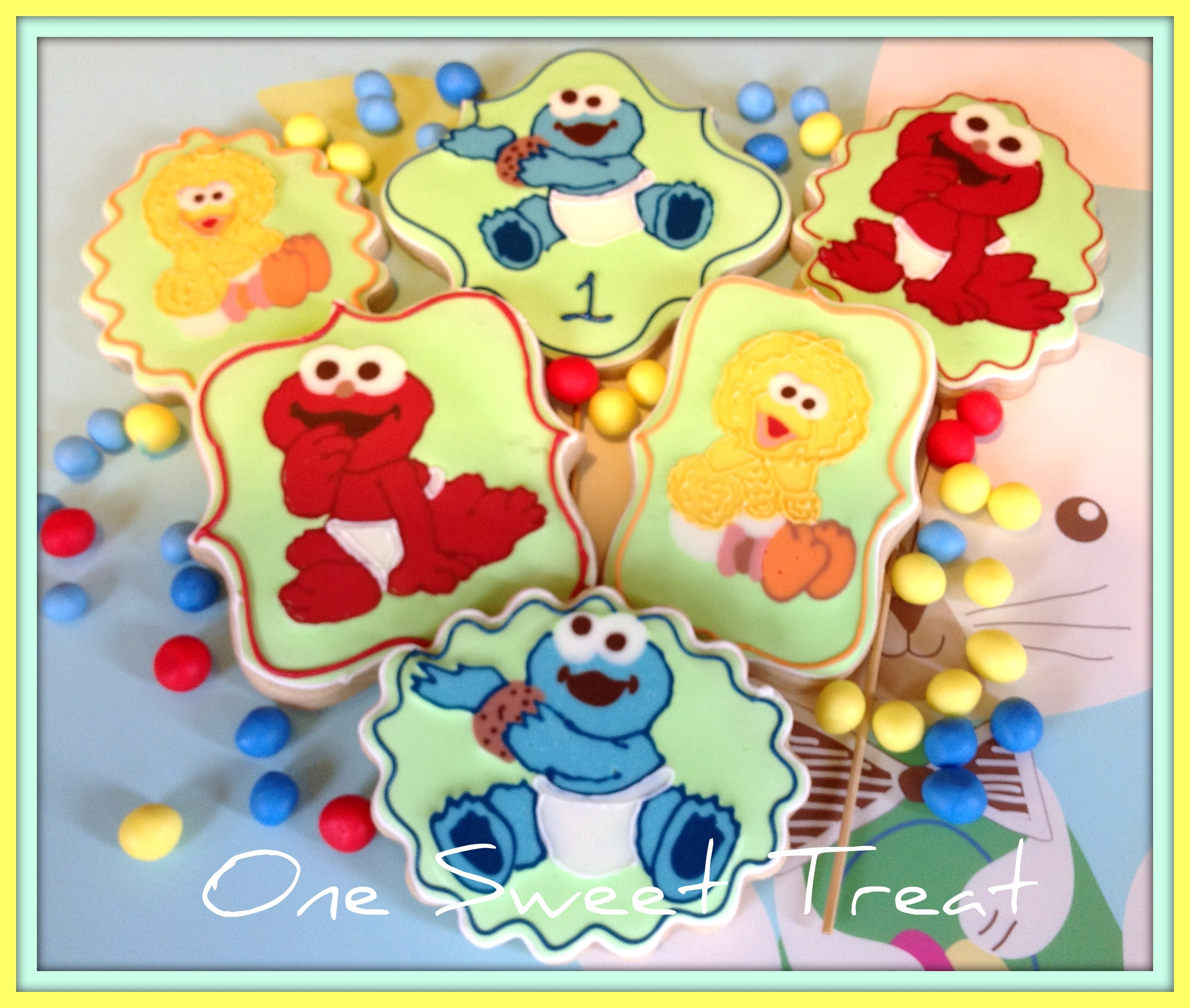 e Sweet Treat Baby Sesame Street Cake