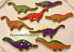 Dino cookies1