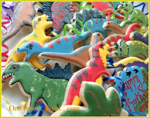 Dino cookies2