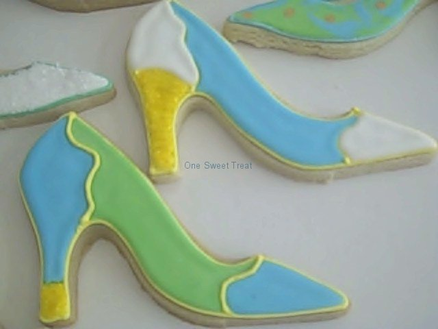 shoe-cookies-blue-green-collection