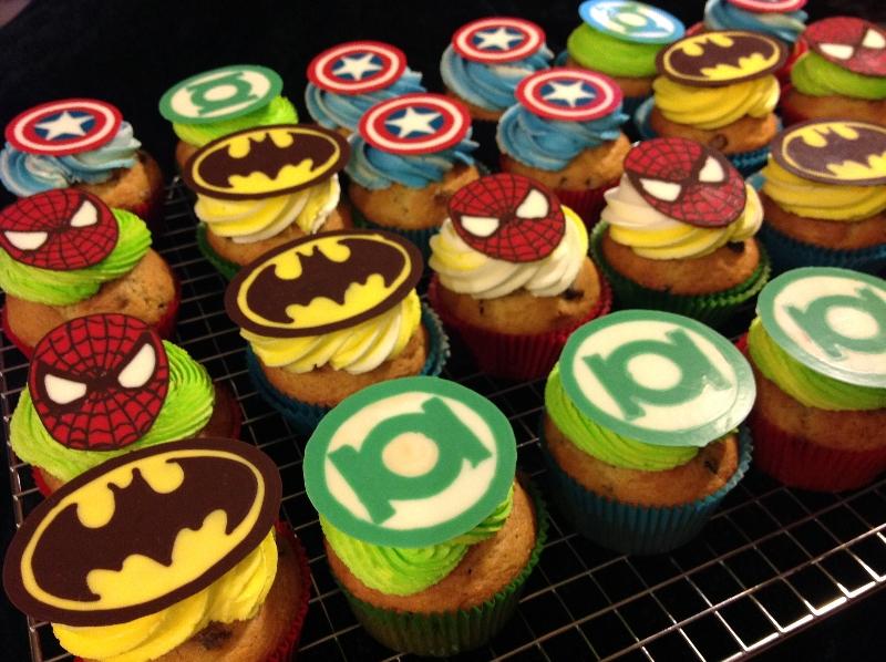 superheroes-cupcakes-13