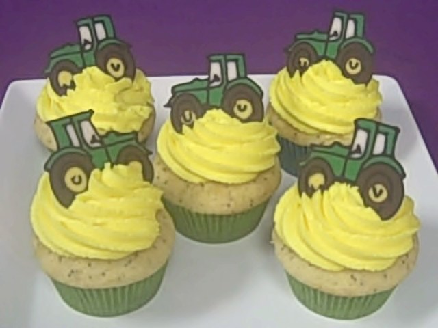 Tractor Cakes - Decoration Ideas   Little Birthday Cakes